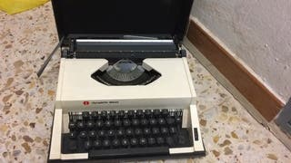 Máquina de Escribir Olympiette Deluxe