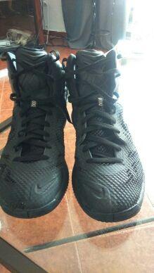 Zapatillas de basket NIKE. PRECIOSAS!