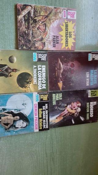 Lote de 5 novelas 4 ciencia ficcion una belica