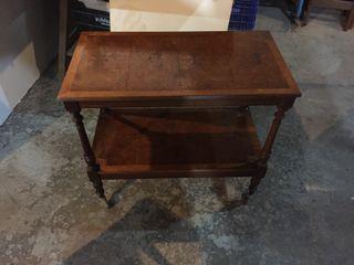 Mesa auxiliar de madera vintage
