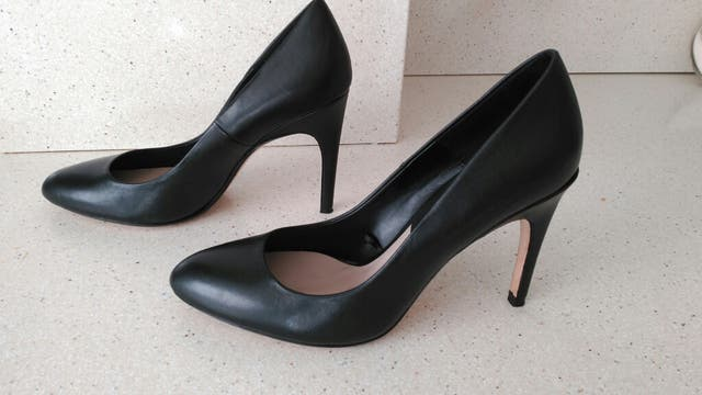 Zapatos de salón de Zara