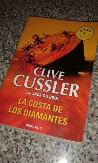 """Libro Clive Cussler """"La costa de los diamantes"""""""
