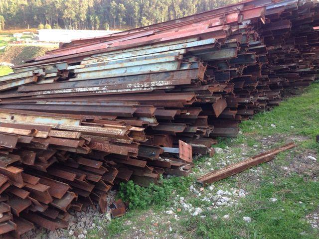 Hierro para naves vigas pilares precio 0 55 kg de segunda mano por 100 en silleda en wallapop - Pilares de hierro ...