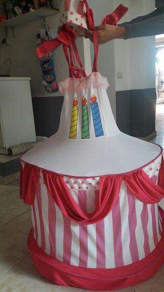 Disfraz de pastel niña