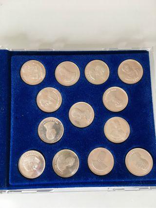 Colección estuche 13 monedas plata maciza