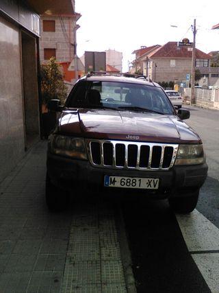 Se vende jeep