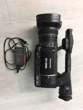 Videocamara PANASONIC AG-AC130