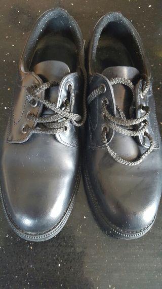 Zapatos número 41-41