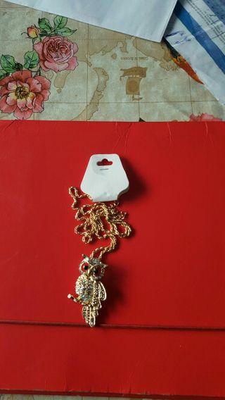 Se vende collar