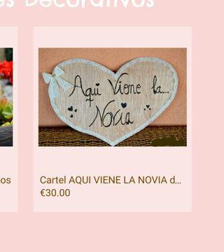"""Corazón de madera """"Aquí viene La Novia"""""""