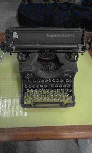 Máquina Hispano olivetti