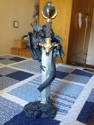 Figura Dragon Espada: