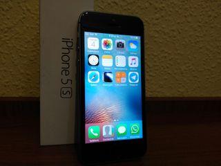 iPhone SE libre gris-negro como nuevo + accesorios