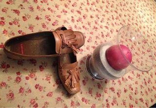 Zapatos nuevos de color camel. Wonders