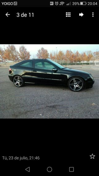 Mercedes sport coupe 220cd