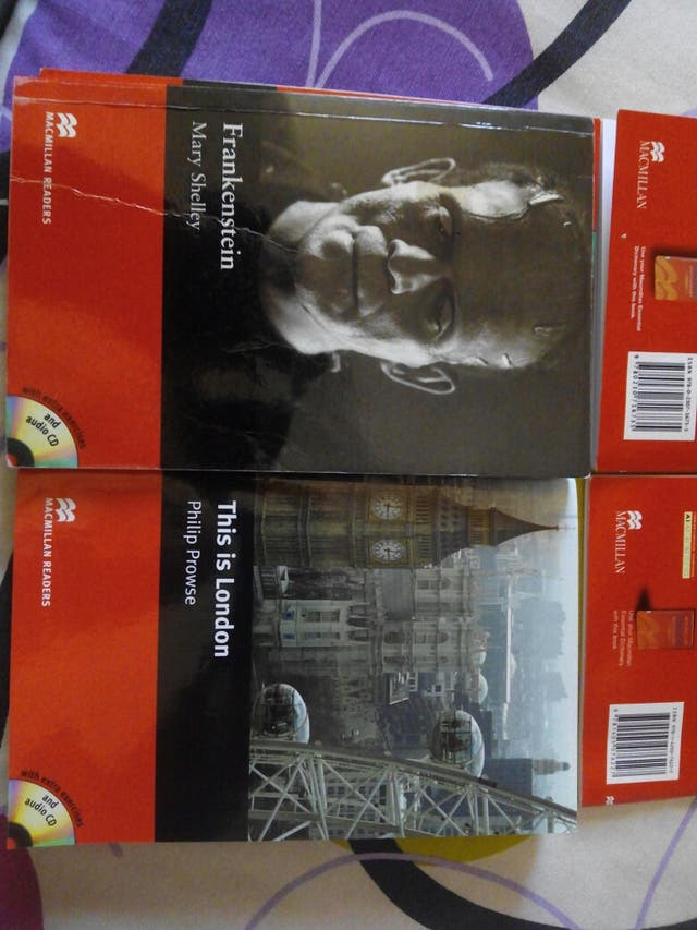 Libros semi nuevos en inglés (precio negociable)