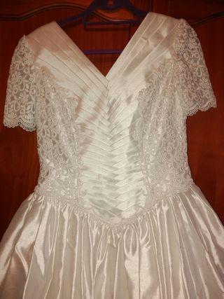 Traje vestido de novia