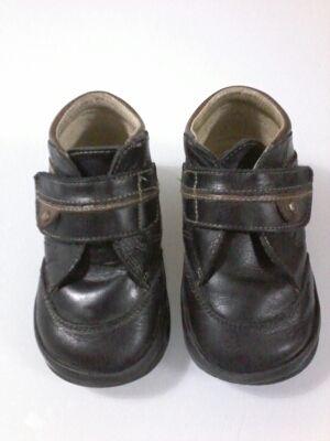 Zapatos piel niño talla 23