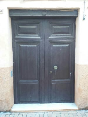 Puertas madera maciza mobila Porton