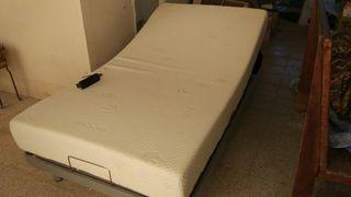 Cama articulada con colchón viscoelástico