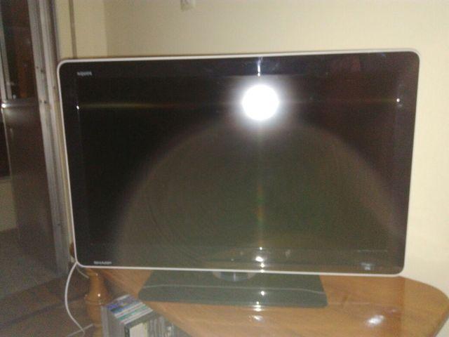 Tv Sharp LCD 32'
