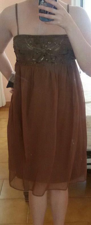 Vestido de gasa con tirantes marrón Zara