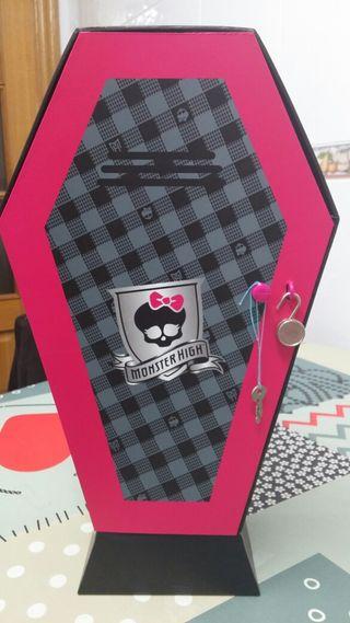 Ataud de Monster High
