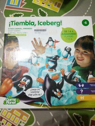 Juego tiembla pinguinos iceberg