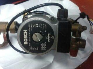Bomba BOSCH tipo UPS15-35/50 (GRUNDFOS)