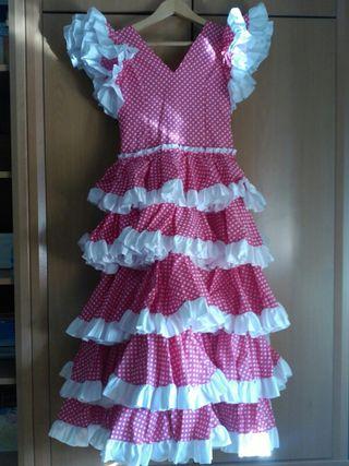 Rebajas. Vestido rociera/flamenca niña.