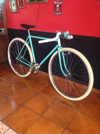 Bicicleta Orbea, clásica, antigua, vintage.
