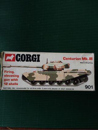 Tanque CORGI antiguo en caja