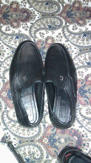 Zapatos nuevos a estrenar color negro