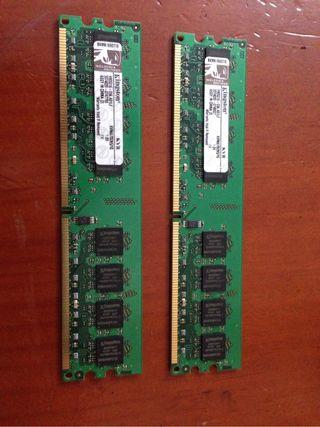 Memoria ram de 1 giga cada una y de tipo dr2