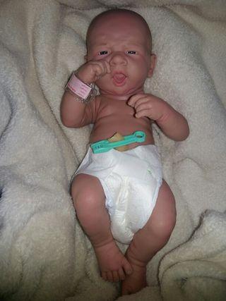 Bebé Berenguer prematuro super real