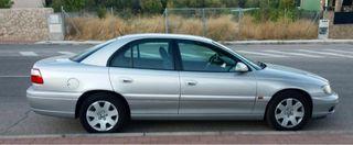 """Vendo Opel Omega """"B"""" 2.216V gama alta"""