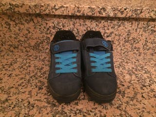 Zapatillas heelix de ruedas n33 nuevas