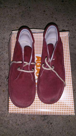 01252204ba8 Zapatos Por Wallapop Niño € 3 De Massanassa Bota Mano Segunda En wpgqZRw