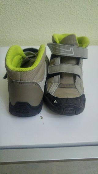 Zapato chico /chica. grises