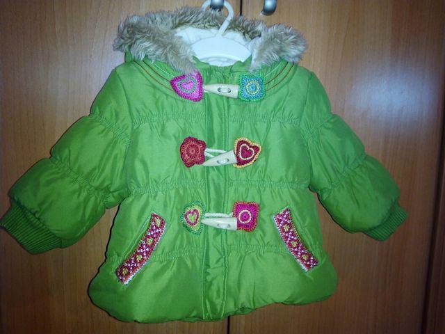 27e456301 Anorak bebé niña de segunda mano por 15 € en Barbera del Valles en ...