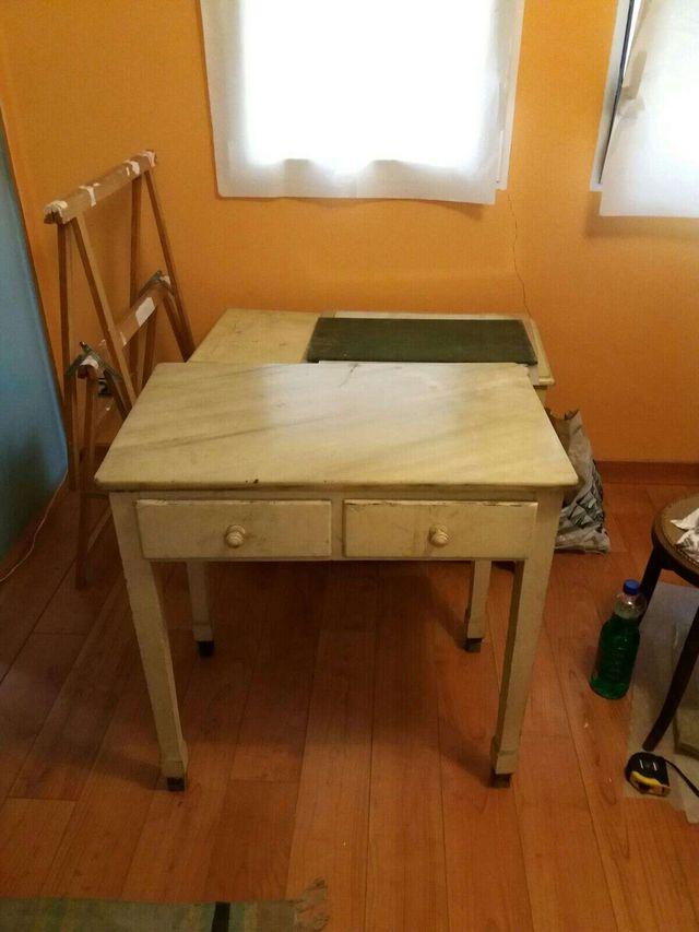 Mesa de cocina antigua. Rústica, vintage de segunda mano por 275 ...