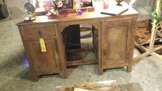 Mesa de escritorio antiguo