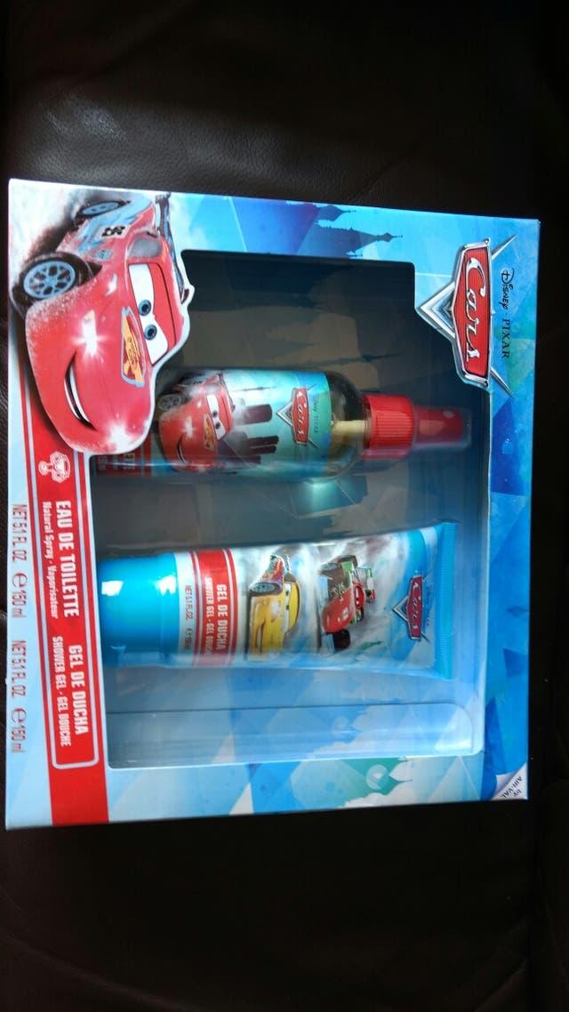 Idea regalo!!! EAU de Toilette +Gel de ducha
