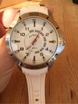 Reloj Quartz blanco