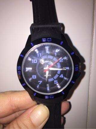 Reloj Quartz negro y azul