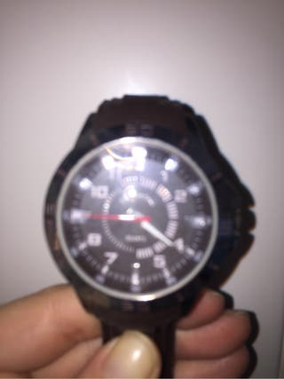 Reloj Quartz negro
