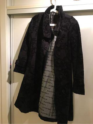 Desigual abrigo