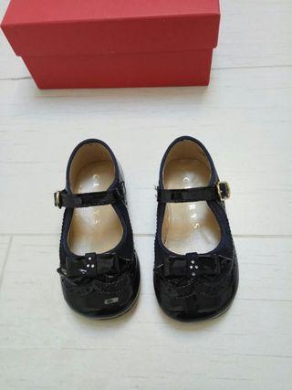 Zapatos marca CLARYS azul marino
