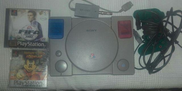 Play station 1 con 1 mando 2 juegos