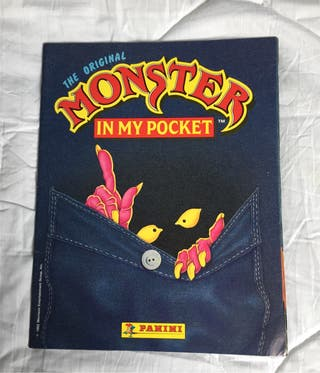 Álbum Monster de Panini